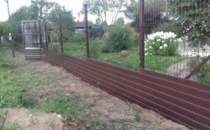 Забор 3Д с вкопанным профнастилом в землю