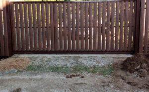 Ворота откатные из евроштакетника