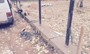 monolitny-fundament-dlya-zabora