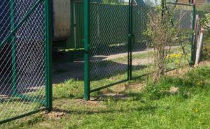 Ворота и калитка из сетки рабица